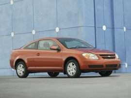 2011 Chevrolet Cruze vs. 2010 Chevrolet Cobalt - Price and Feature Showdown