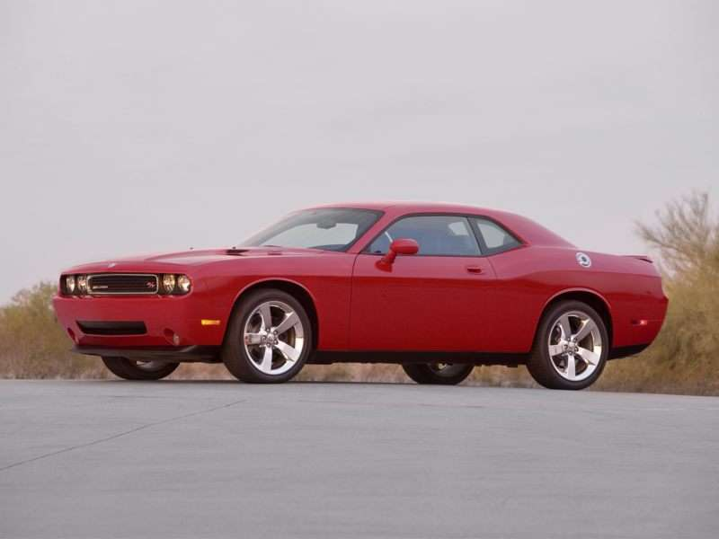 Research the 2010 Dodge Challenger