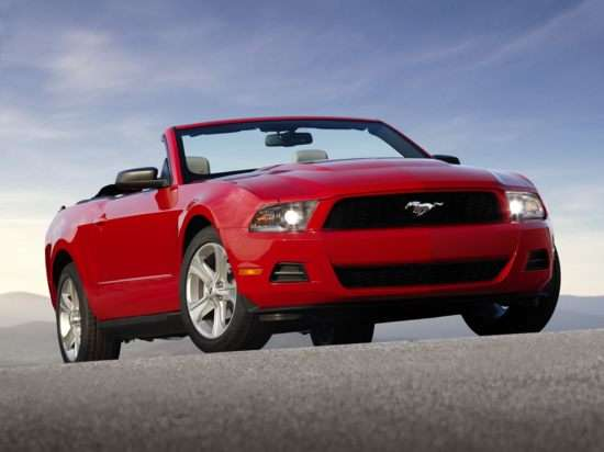 2011 Ford Mustang GT Rated at 412 HP, 26 MPG Highway