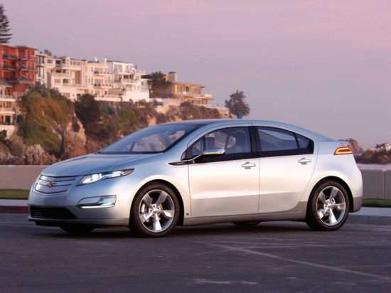 Chevy Volt Leads North American Car of the Year Finalists