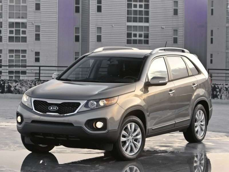 Research the 2011 Kia Sorento