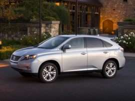 2011 Lexus RX 450h Glides Along With 30 MPG