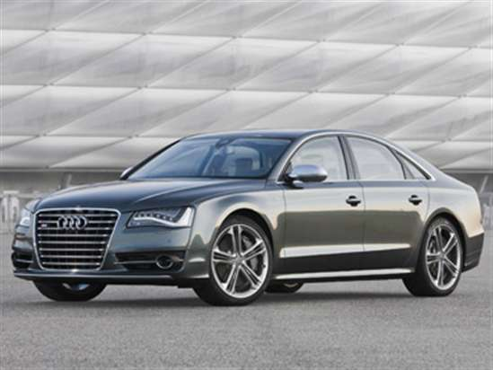 2013 Audi S8 Video Review