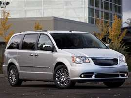 2013 Chrysler Town and Country Touring Front-wheel Drive LWB Passenger Van