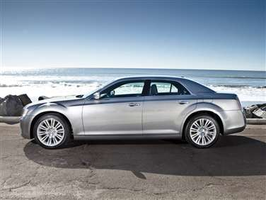 2014 Chrysler 300C John Varvatos Luxury AWD