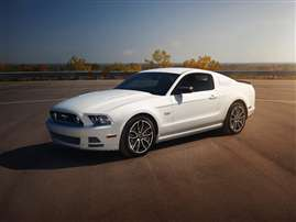 2014 Ford Mustang V6 2dr Coupe