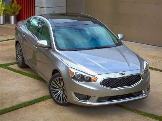 2014 Kia Cadenza Video Review