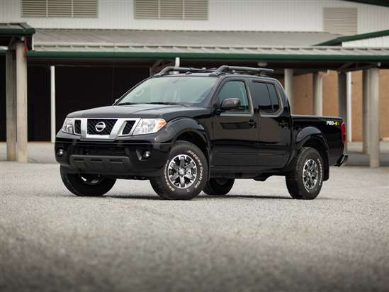 2014 Nissan Frontier PRO-4X Test Drive and Video Review