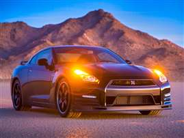 2014 Nissan GT-R Premium 2dr All-wheel Drive Coupe