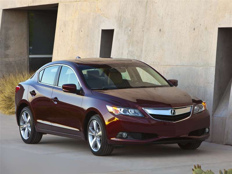Research the 2016 Acura ILX