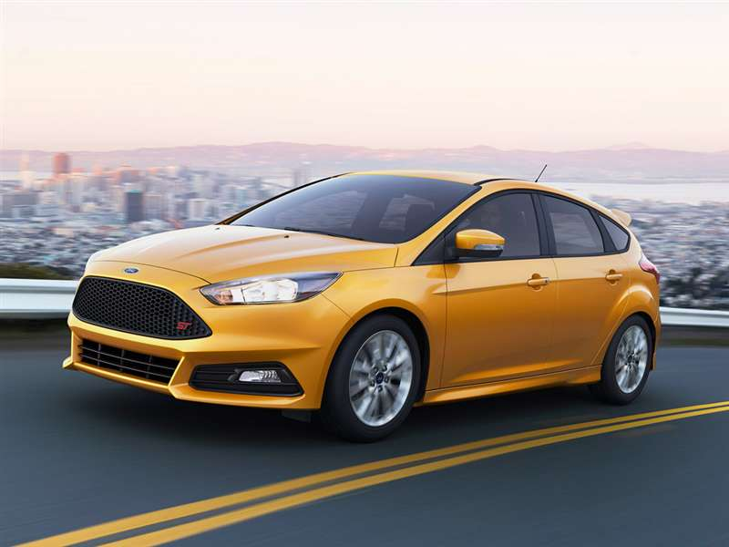 Research the 2016 Ford Focus