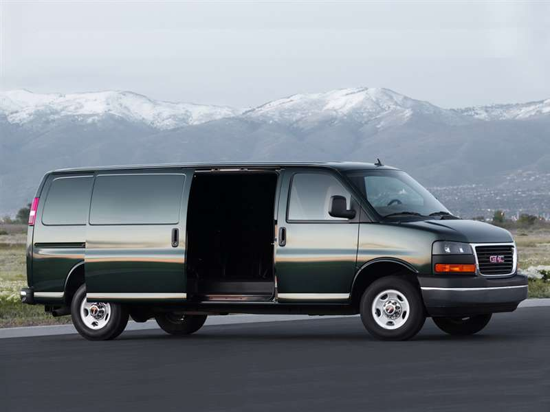 Research the 2015 GMC Savana 2500