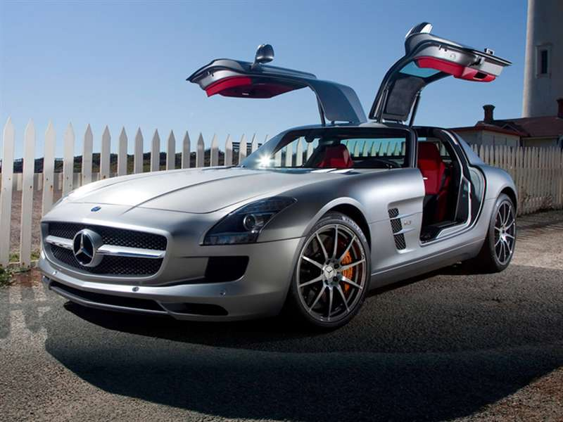 Research the 2015 Mercedes-Benz SLS AMG