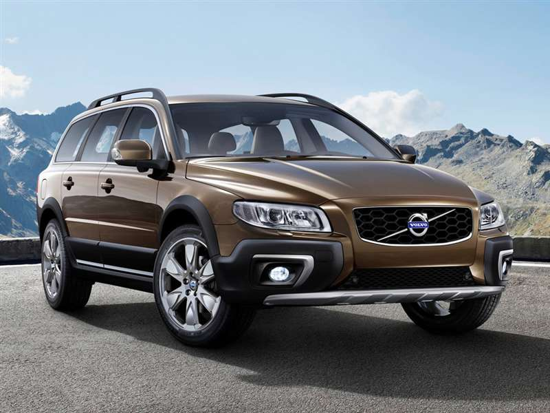 Research the 2015 Volvo XC70