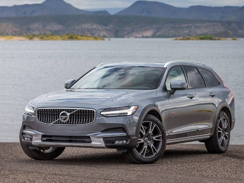 10 Things You Need to Know About the 2017 Volvo V90 Cross Country