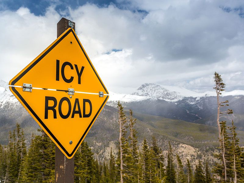 10 Tips: How to Drive on Icy Roads