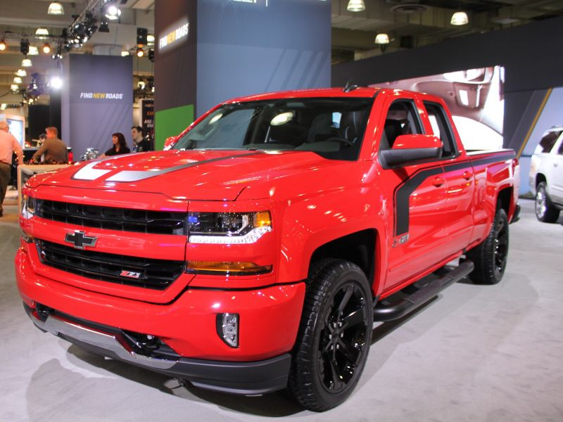 SUV and Truck Photos from the 2017 New York International Auto Show   Autobytel.com