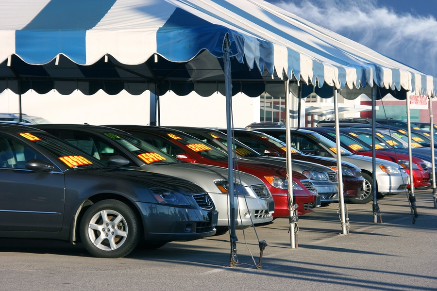 Pros of buying a car (versus leasing a car)