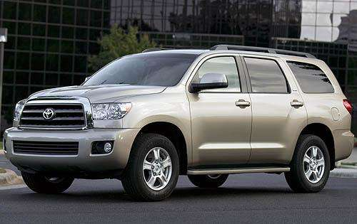 Edmunds.com 2011 Toyota Sequoia Overview
