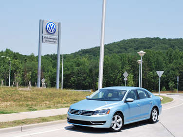 2012 Volkswagen Passat First Drive Review
