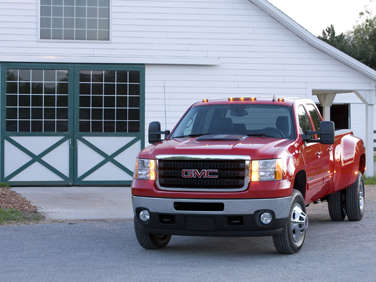 2012 GMC Sierra 3500HD Back On Top For Towing