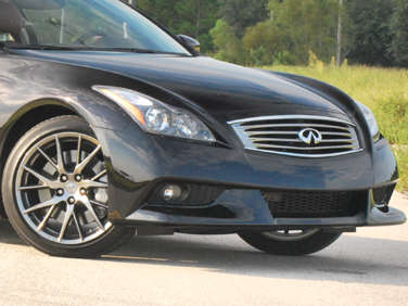 2011 Infiniti IPL G37 Coupe: Introduction