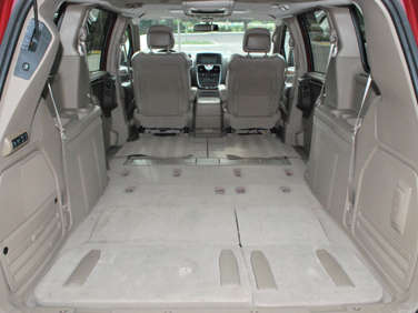 2011 chrysler town and country road test and review. Black Bedroom Furniture Sets. Home Design Ideas