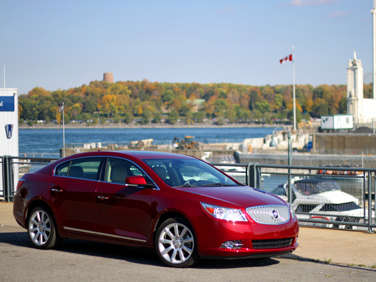 2011 Buick LaCrosse: Introduction