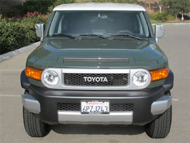 2012 Toyota FJ Cruiser Road Test and Review