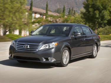 2011 Toyota Avalon Limited Road Test and Review