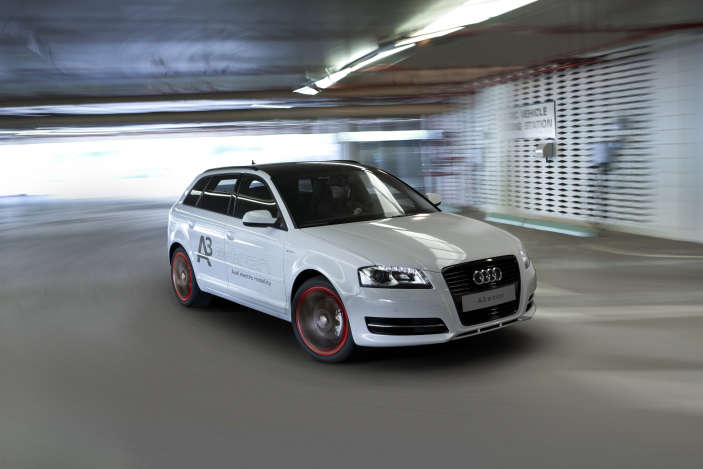 "2011 Los Angeles Auto Show: Audi goes Green with  ""E-tron"""