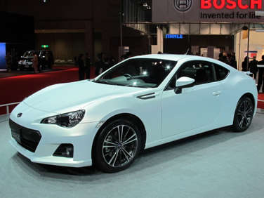 Subaru B6 and Toyota 86 Sports Coupes Debut at Tokyo Motor Show with a Thud