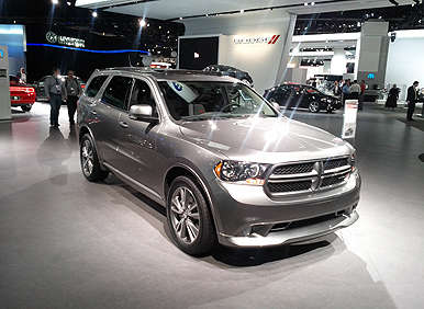 Dodge Durango Goes First-Class with Second-Row Captain's Chairs