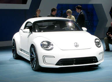 NAIAS 2012: VW E-Bugster, VW Jetta Hybrid Hit the Stage