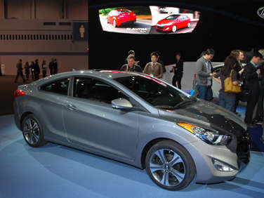 2013 Hyundai Elantra Adds Coupe, 5-door GT models