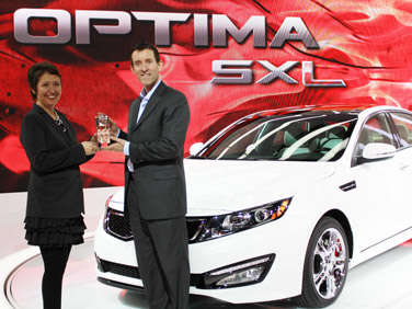 Kia Optima Earns