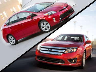 2012 Ford Fusion Hybrid vs. 2012 Toyota Prius