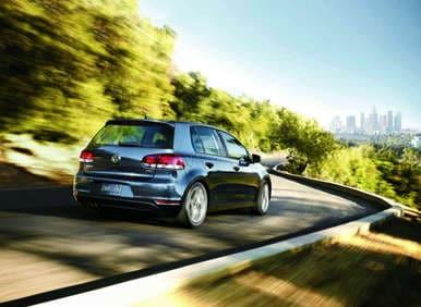 2012 volkswagen golf tdi returns with near hybrid fuel. Black Bedroom Furniture Sets. Home Design Ideas