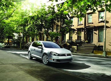 2012 Volkswagen Golf TDI Returns With Near-Hybrid Fuel Figures