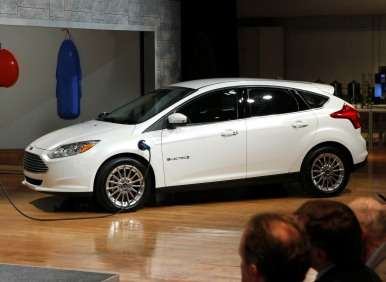 2012 ford focus electric certified at 105 mpge 76 mile range. Black Bedroom Furniture Sets. Home Design Ideas