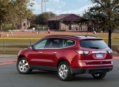 Chevy Traverse Gets New Look, New Features for 2013