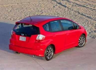 2012 Fiat 500 Vs 2012 Honda Fit Autobytel Com