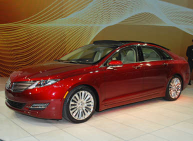 New York Auto Show: 2013 Lincoln MKZ