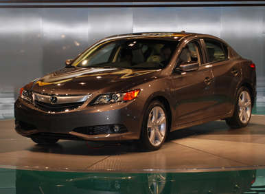 2013 Acura ILX MSRP Pricing Announced, Will Start at $25,900