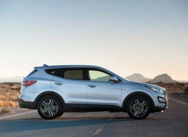 09.  The 2013 Hyundai Santa Fe Sport Has A Long-Wheelbase Cousin
