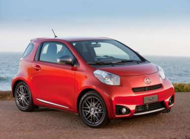 Gaming the 2012 Scion iQ with a Free PlayStation