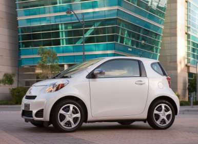 Fast Five: New Green Cars for 2012