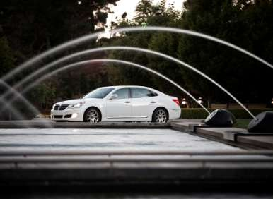 2012 Hyundai Equus Road Test and Review