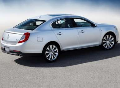 05.  The 2013 Lincoln MKS Offers A More Responsive Ride