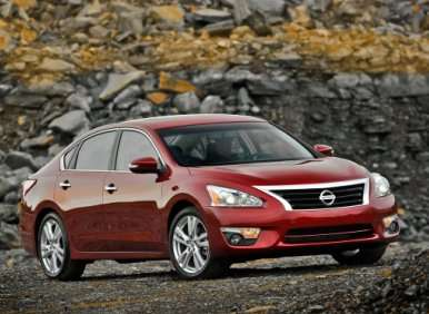 2013 Nissan Altima 3.5 V6 SL Road Test and Review